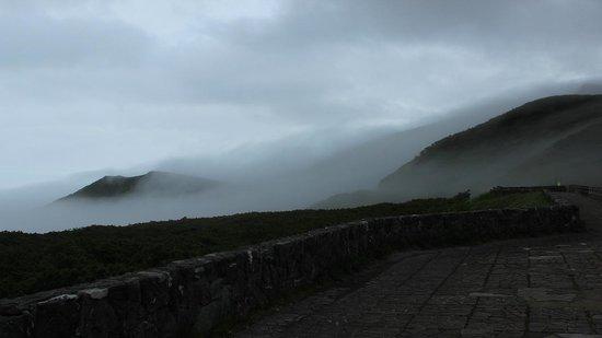 Rausudake: 辺りは霧に包まれている