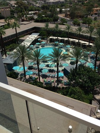 Hotel Valley Ho: view of main pool from roof