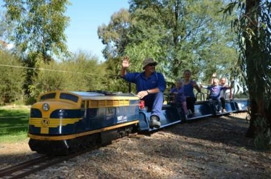 Mooroopna, Австралия: KidsTown has a Miniature Train that operates Weekends, Victorian school holidays and public holi