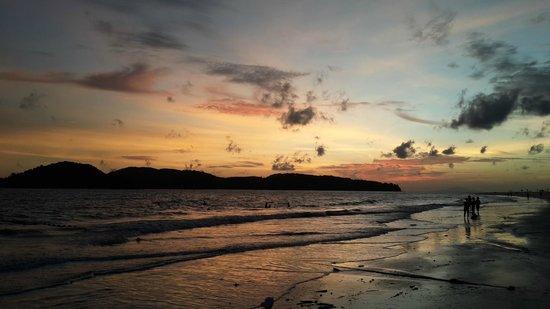 Cenang Beach: Amazing sunset