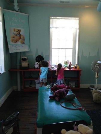 Children's Museum of Wilmington: Teddy Bear Hospital