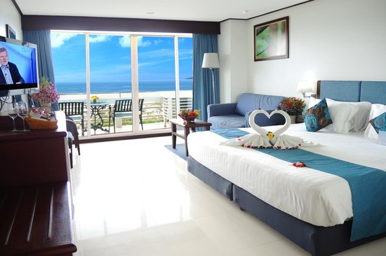 Andaman Beach Suites Hotel: Deluxe Sea View