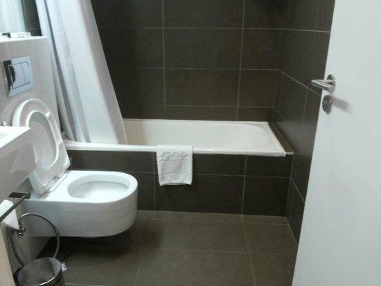Hotel Tivoli Maputo: bathroom