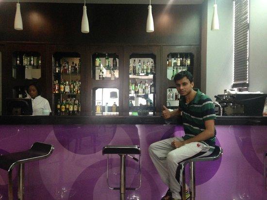 Hotel Tivoli Maputo: Bar