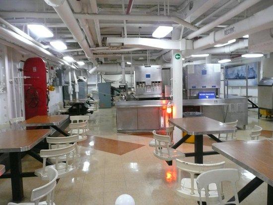 Battleship Missouri Memorial: Enlisted cafeteria.