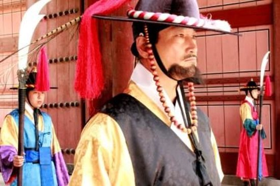 Deoksugung: #wowkoreadupporters #maynardvillamer@gmail.com #koreatourismorganization