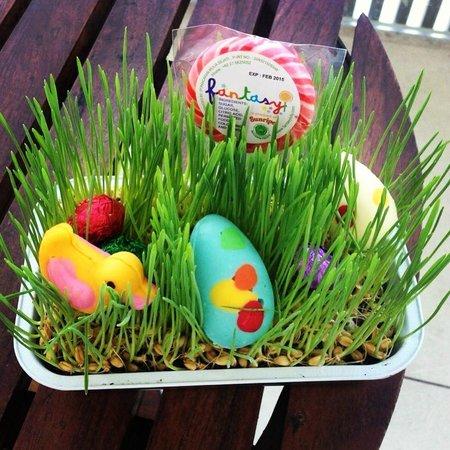 W Bali - Seminyak: W Easter Bunny