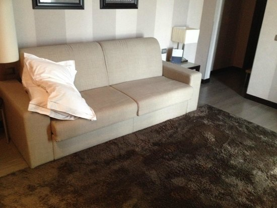 The Style Florence: My room with sofabed