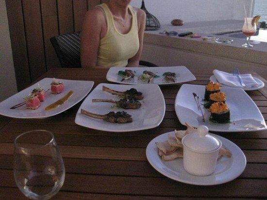 Marival Residences Luxury Resort: pool on the roof top