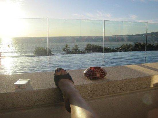 Marival Residences Luxury Resort: rooftop infinity pool