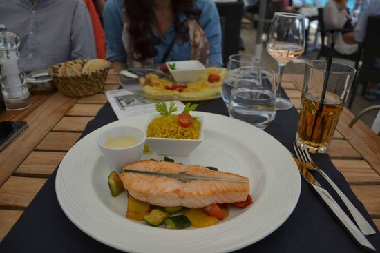 Plage Beau Rivage : main course