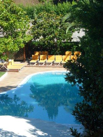 Grand Hotel del Gianicolo: La très belle piscine