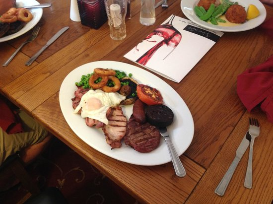 The Castlefields: One delicious Mixed Grill