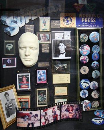 Super Museum : Movie Memorabilia