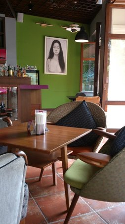 De Naga Hotel: Cafe of the hotel