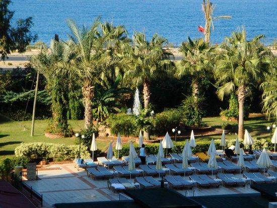Beach Club Doganay: Вид из окна