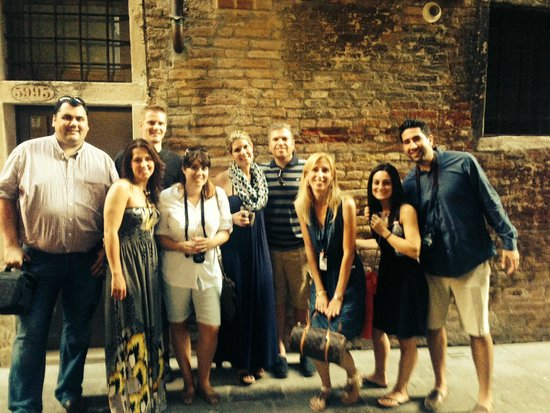 Venice Urban Adventures : Our great guide Giovanna and her group!