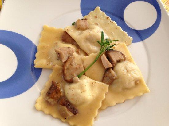 Pasta fatta in casa picture of trattoria elim vibo valentia tripadvisor - Pasta fatta in casa ...