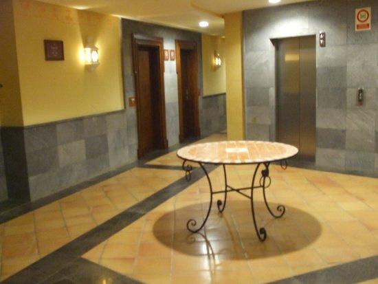 Gran Tacande Wellness & Relax Costa Adeje: uscita piano ascensore