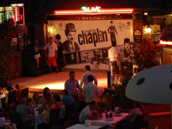 Cettia Apart Hotel: evening meal