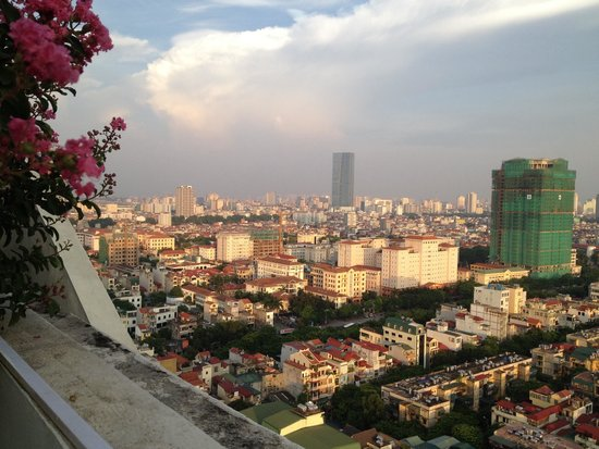Somerset Hoa Binh: Views of Hanoi city from 21 st floor