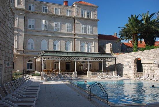 Hotel Lapad: Hotel frontage
