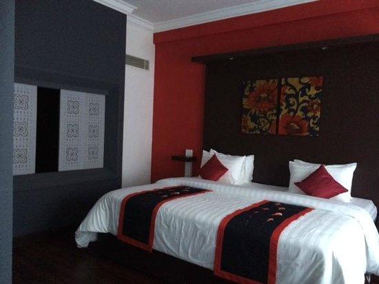 Memoire d' Angkor Boutique Hotel: spacious room