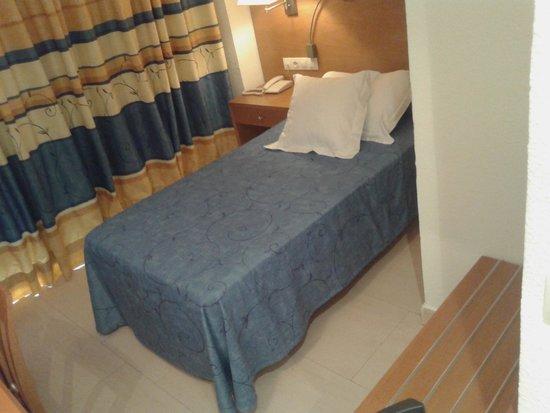 Hotel Victoria : habitaciones