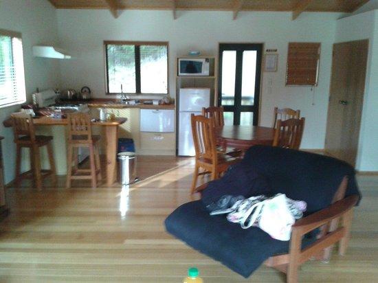 Tangiaro Kiwi Retreat: Tui lodge