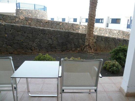 Hesperia Lanzarote : Vue de la petite terrasse
