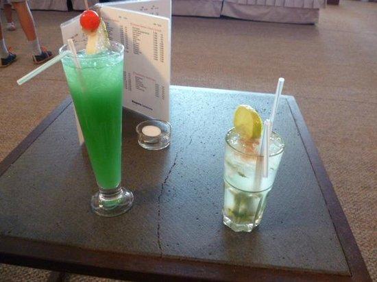 Hesperia Lanzarote: Un petit cocktail: miam !