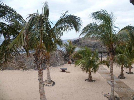 Hesperia Lanzarote: Un espace extérieur de l'hôtel