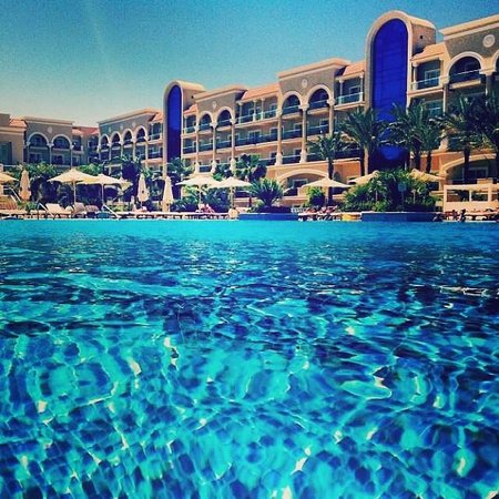 Premier Le Reve Hotel & Spa (Adults Only): The big pool
