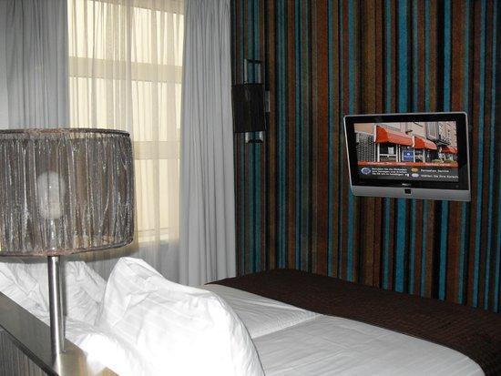 WestCord City Centre Hotel Amsterdam: le lit de la 219