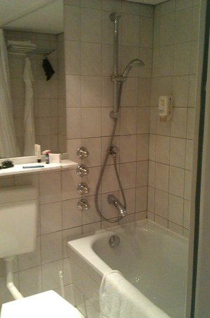SORAT Hotel Ambassador Berlin: Bad