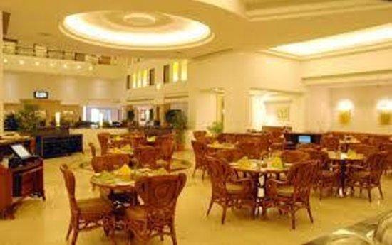 Green Park - Chennai : Tulips Restaurant @ Greenpark Chennai