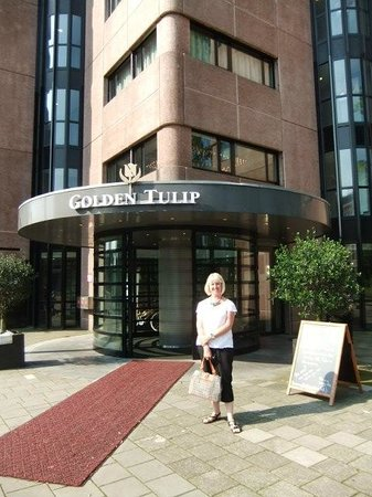 Hotel Golden Tulip Amsterdam West: outside the hotel