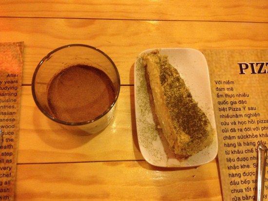 Momiji: Homemade cheesecake and chocolate mousse