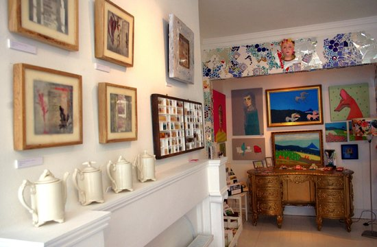 Penryn, UK: shop interior