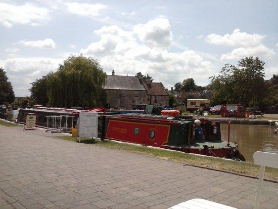 Bradford-on-Avon Wharf: Barbara Mcelland Boat Trip