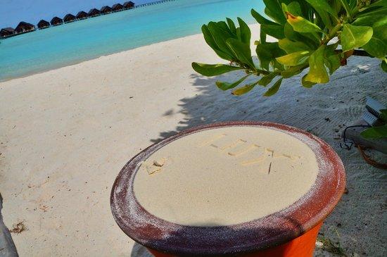LUX* South Ari Atoll: Beautiful beach