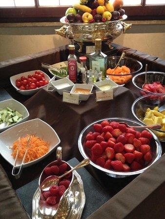 The St. Regis Florence : breakfast fresh food