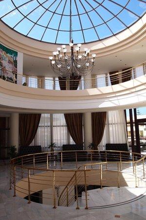 Отель Vantaris Palace