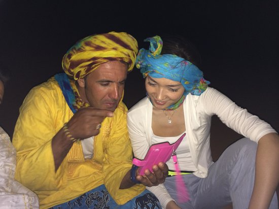 Moda Camp Merzouga: Viva and Mohamed at Sahara