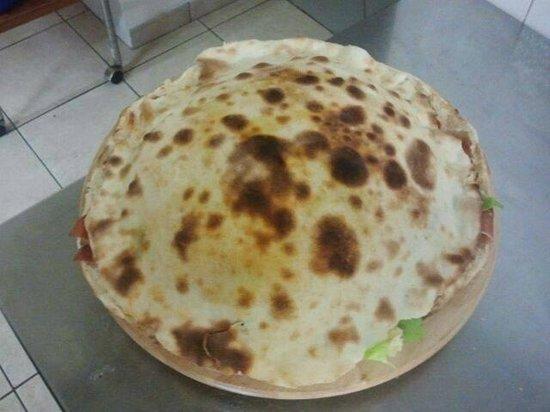 Victoria: pizza pane arabo