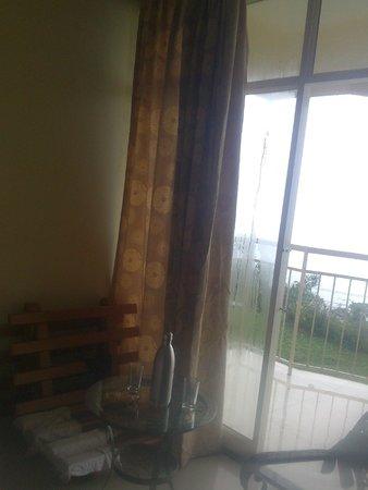 Deshadan Mountain Resorts : mountain view room
