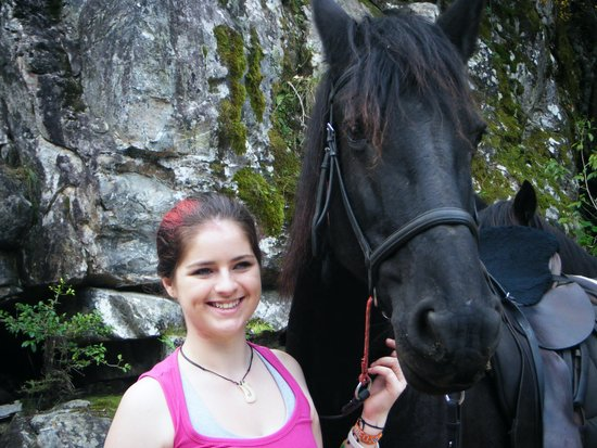 Black Horse Trails: Charis & Sophie