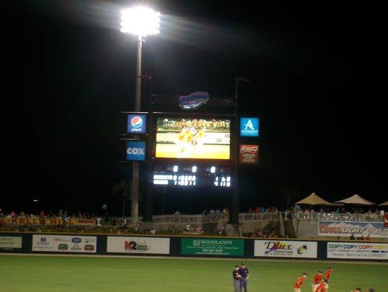 Blue Wahoos Ballpark: scoreboard