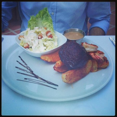 Hermosa : Surf and Turf