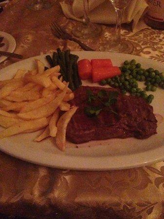 Olympus Palace Restaurant : Fab Fillet steak, so tender